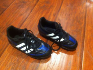 kids shoes Adidas soccer shoes size 12