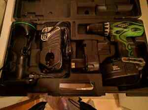 Hitachi 18V Cordless Drill and Light Edmonton Edmonton Area image 1