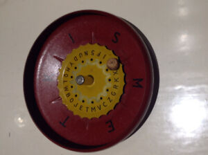 Very Rare 1930's vintage Bradley's Wheel Of Fortune Game. Toys.
