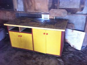 workshop  cabinet plus table