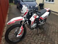 Enduro Sfm125 zx on/ off-road motor bike full size