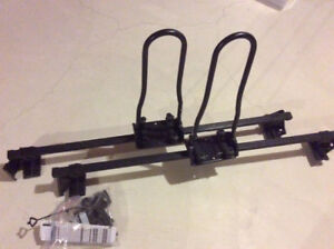Kayak rack (Sportrack roof rack with kayak accessory)