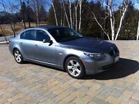 2008 BMW 528xi (like new)