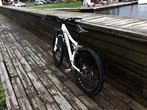 Vélo de montagne Norco XXXX Négo OU échange contre Downhill West Island Greater Montréal image 9
