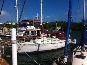 Dreaming of the Bahamas...Ontario Yachts 32' Sailboat