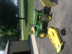JD 140 lawn tractor