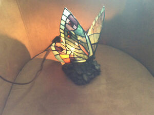 Stain glass lamp butterfly table light