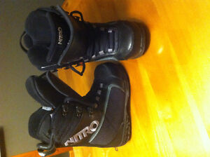 5.5 woman's  snowboard boots