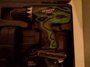 Hitachi 18V Cordless Drill and Light Edmonton Edmonton Area image 3
