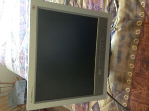 Lg 15 inch monitor and tv in one