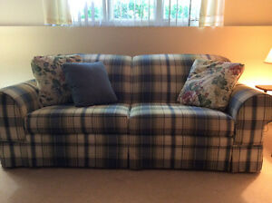 Sofa and matching loveseat