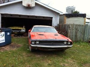 LOOKING FOR A MOPAR PROJECT