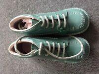 New Green Kickers size 31 £18