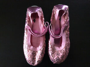Girls Pink Sequin Dress Shoes - Size 3