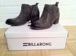 *NEW* - BILLABONG WOMENS' ANKLE BOOT (BOTTINE) - GREY West Island Greater Montréal image 2