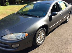 2004 Chrysler intrepid  ( works good)