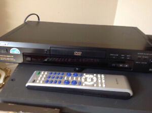 Sony DVD/CD/VIDIO CD component video out put, model DVP-S360