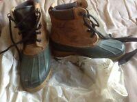 Mucker boots