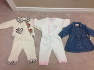 Baby girl outfits size 6M- new