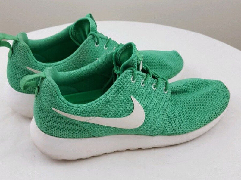 best website e0ce6 5245e clearance nike air texel 9b32b 408ad  greece nike roshe mens running  athletic green white shoes size 9.5 mens shoes city of toronto