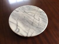 Revolving marble cheese board
