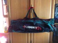 Cricket bag / sports equipment bag