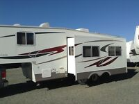 2005 Topaz Touring 28' fifth wheel