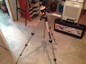 Slick 500G travel tripod