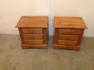 PAIR OF NIGHT TABLES