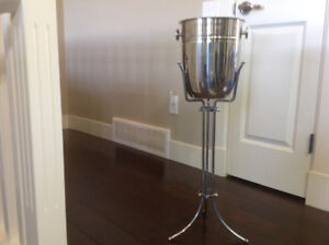 Polished Stainless Steel Champagne/Ice Bucket & Stand