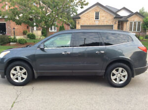 2010 Chevrolet Traverse 1LT SUV, Crossover
