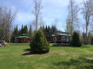 chalet a vendre Lac-Saint-Jean Saguenay-Lac-Saint-Jean image 2