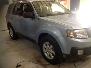 2008 Mazda Tribute SUV, 4X4 Runs excellent  Priced to sell $2950