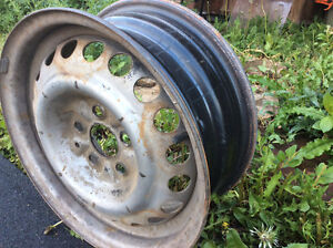 14in 5 bolt pattern rims (4 for sale)