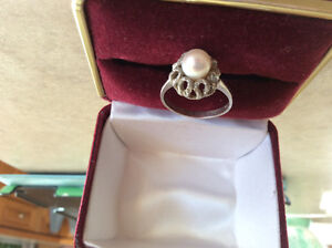 Silver ring size 6