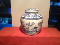 Vintage Chinese Ceramic Blue & White Ginger Jar Pot with Lid