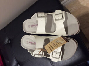 Brand new Birkenstock style shoes white size 42 unisex $45