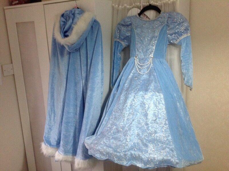 Velvet dress and cape. Girls princess/Cinderella/frozen costume.