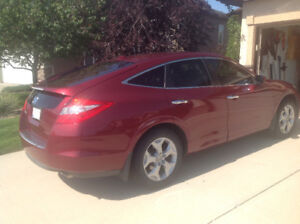 2010 HONDA CROSSTOUR----Price Reduced