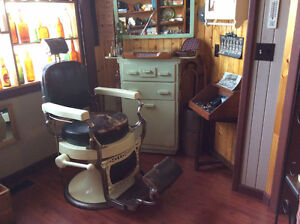 Antique 1930s Koken Barber Chair w/ Station, Mirror & Booster