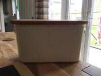 Nigella Lawson cream bread bin