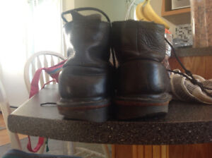 Mens Doc. Marten boots size 12.  Need new heels.
