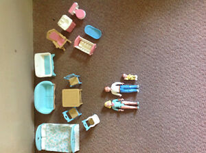 Vintage Fisher Price Dollhouse Furniture & Family