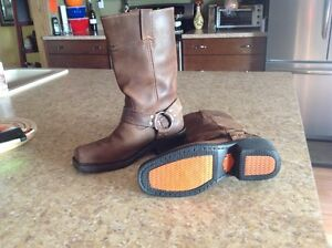 LADIES BROWN LEATHER HARLEY RIDING BOOTS