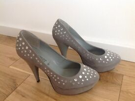 Size 6 heels from New Look