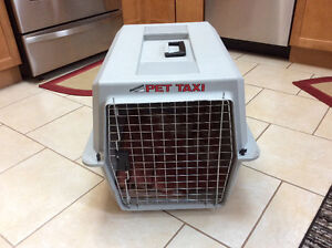 Pet taxi/kennel/ crate