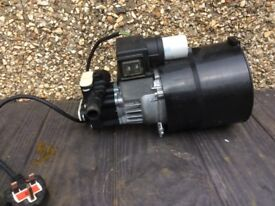 Large electric water pump can post