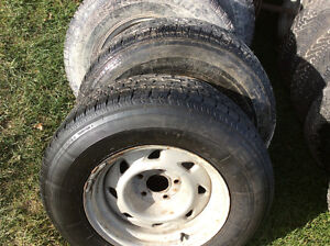 Set of 4 Tires with Rims 215 75 R15 Reduced Kawartha Lakes Peterborough Area image 1