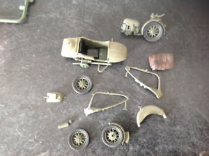 2 kits 1/35 German soldiers with motor cycle and side car