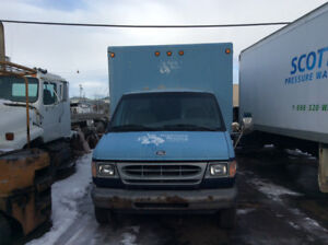 1997/98 FORD CUBE VAN -MUST SELL ASAP